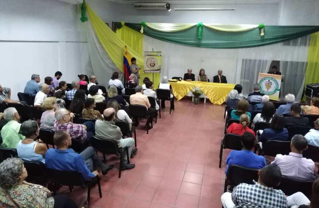 Colegio de médicos veterinarios de Aragua rindió tributo a los agremiados en su día